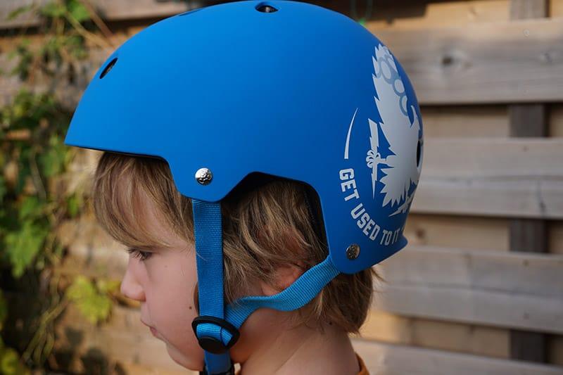 tripple-eight-skateboard-helmet-kid
