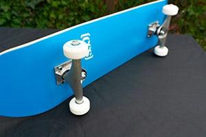 CCS complete skateboard