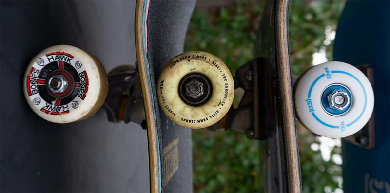 yellow skateboard wheels vs white