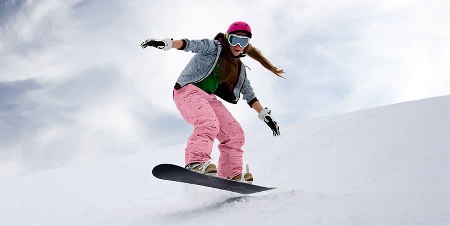 girl ollie snowboard