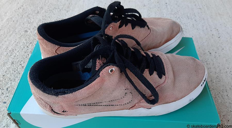 Nike SB Charge skate shoes