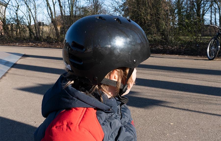 tsg helmet side