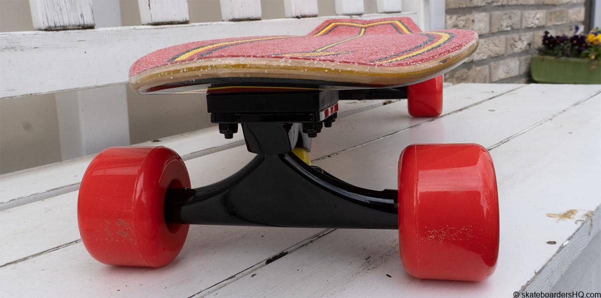 santa cruz flame dot cruiser skateboard trucks